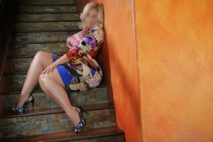 Erica call girl, thai massage