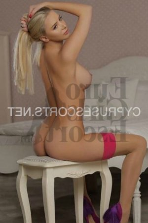 Caline escort in Fajardo, nuru massage